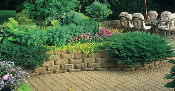 Completed retaining walls in Ann Arbor, MI